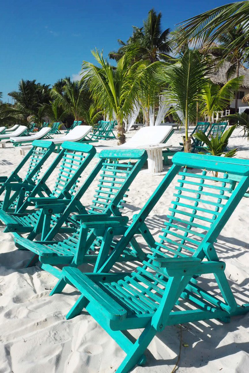green-beach-chairs-tulum