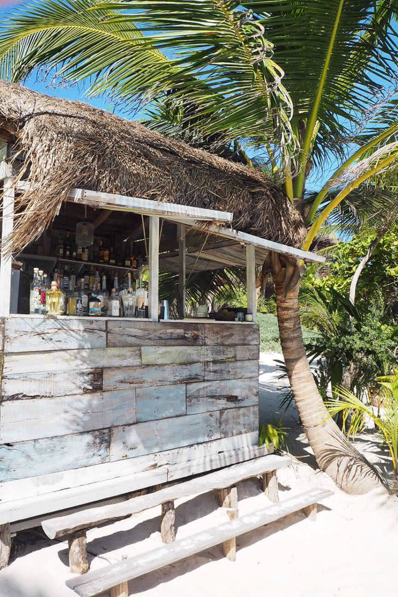 nomade-beach-bar-tulum