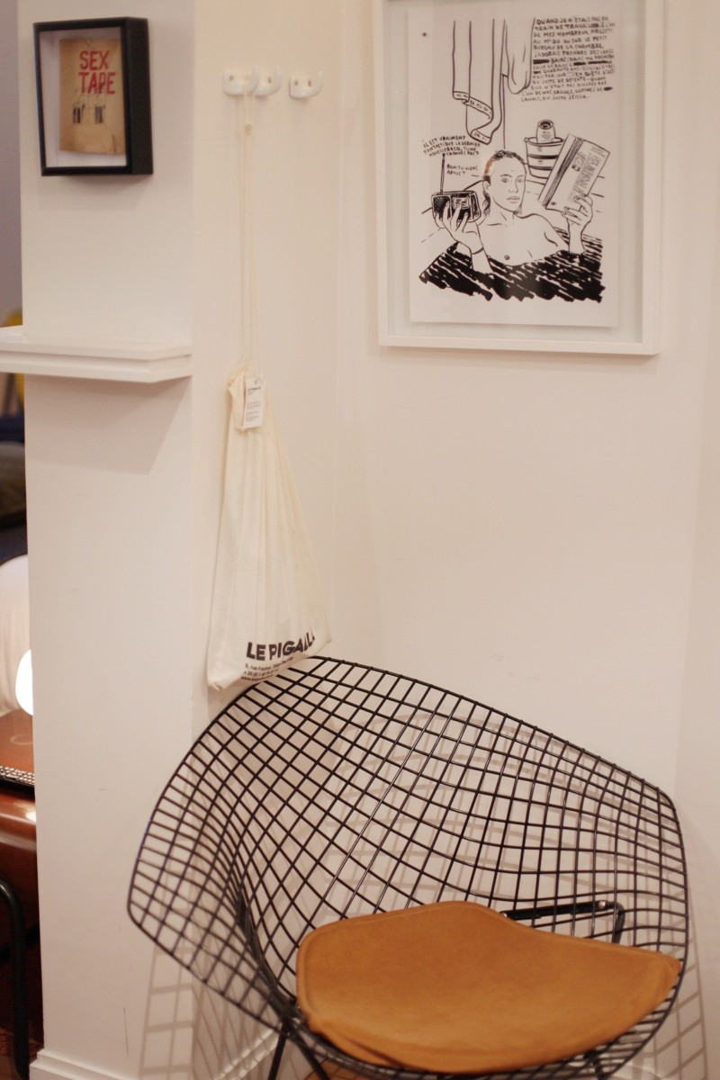 Le Pigalle Paris Bathroom Chair